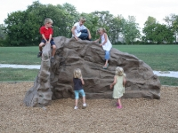 nicros-climbing-wall-indianapolis-parks-rec-bel-aire-1