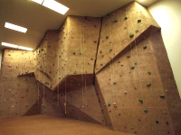 nicros-climbing-wall-iowa-state-university-1