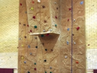 nicros-climbing-wall-reynolds-middle-school-1