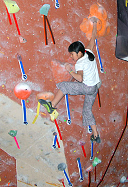 training-youth-climbers-ashima