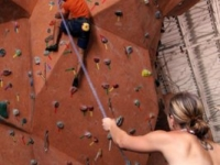 nicros-climbing-wall-ve-st-paul-4