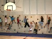 nicros-climbing-wall-armstrong-elementary-1