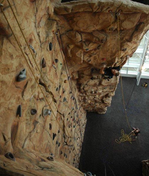nicros-climbing-wall-georgia-state-3