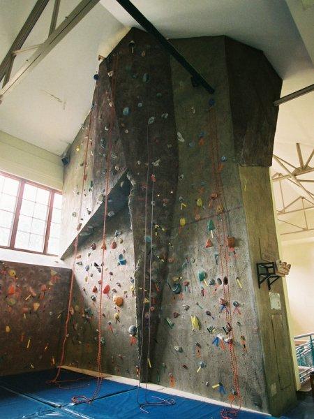 nicros-climbing-wall-lehigh-university-1
