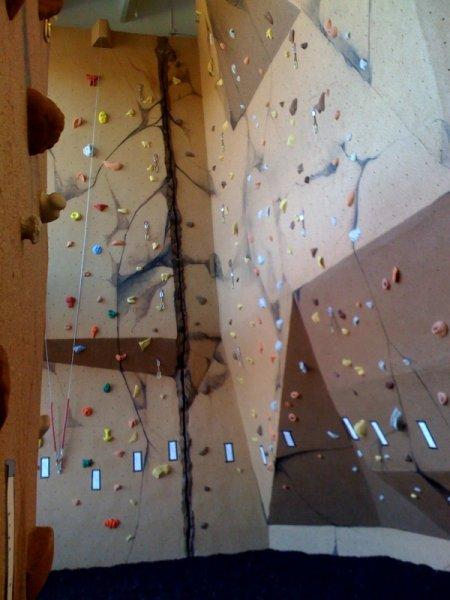 nicros-climbing-wall-ltf-florham-park-1