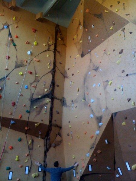 nicros-climbing-wall-ltf-florham-park-4