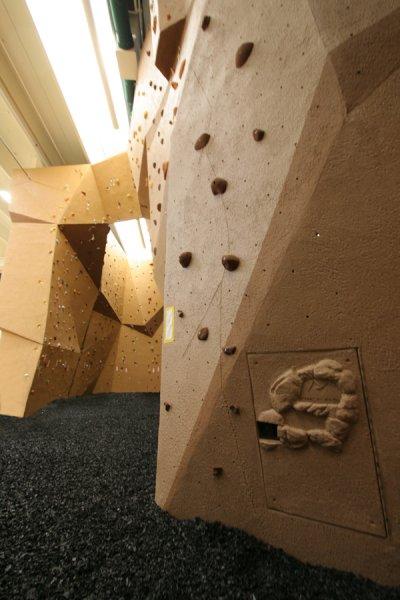 nicros-climbing-wall-ltf-sterling-3
