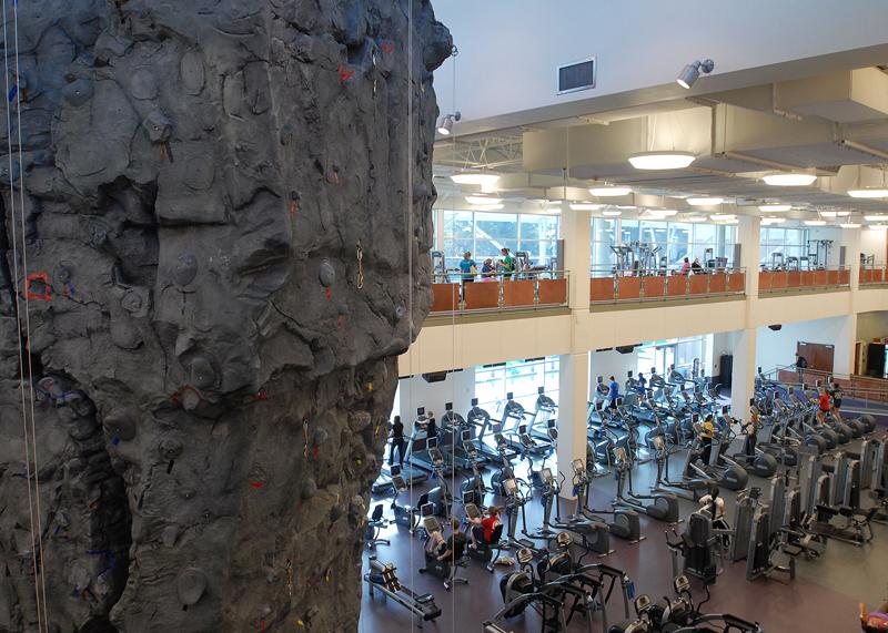 nicros-climbing-wall-sfa-3