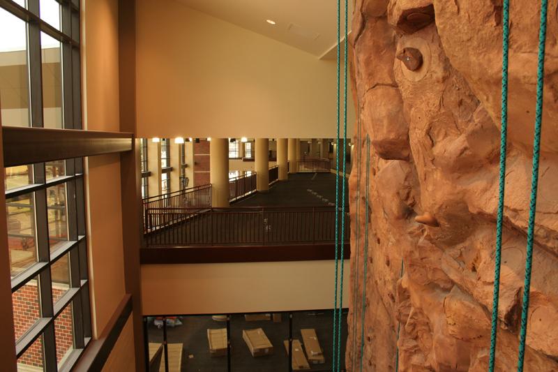 nicros-climbing-wall-tarleton-2