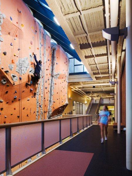 nicros-climbing-wall-u-of-mn-duluth-2-RDG
