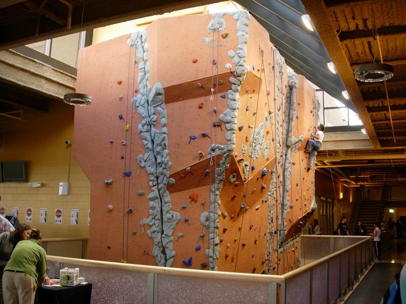 nicros-climbing-wall-u-of-mn-duluth-6